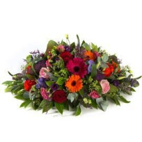 Funeral arrangement oval